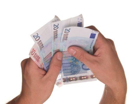 Aké poplatky sú spojené s návrhom na začatie konania o povolení vkladu?